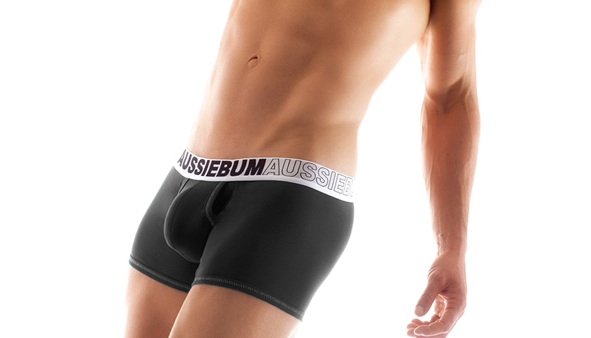 push-up-boxerky-aussiebum-s-kapsou-enlarge-it-hipster-cerna 1
