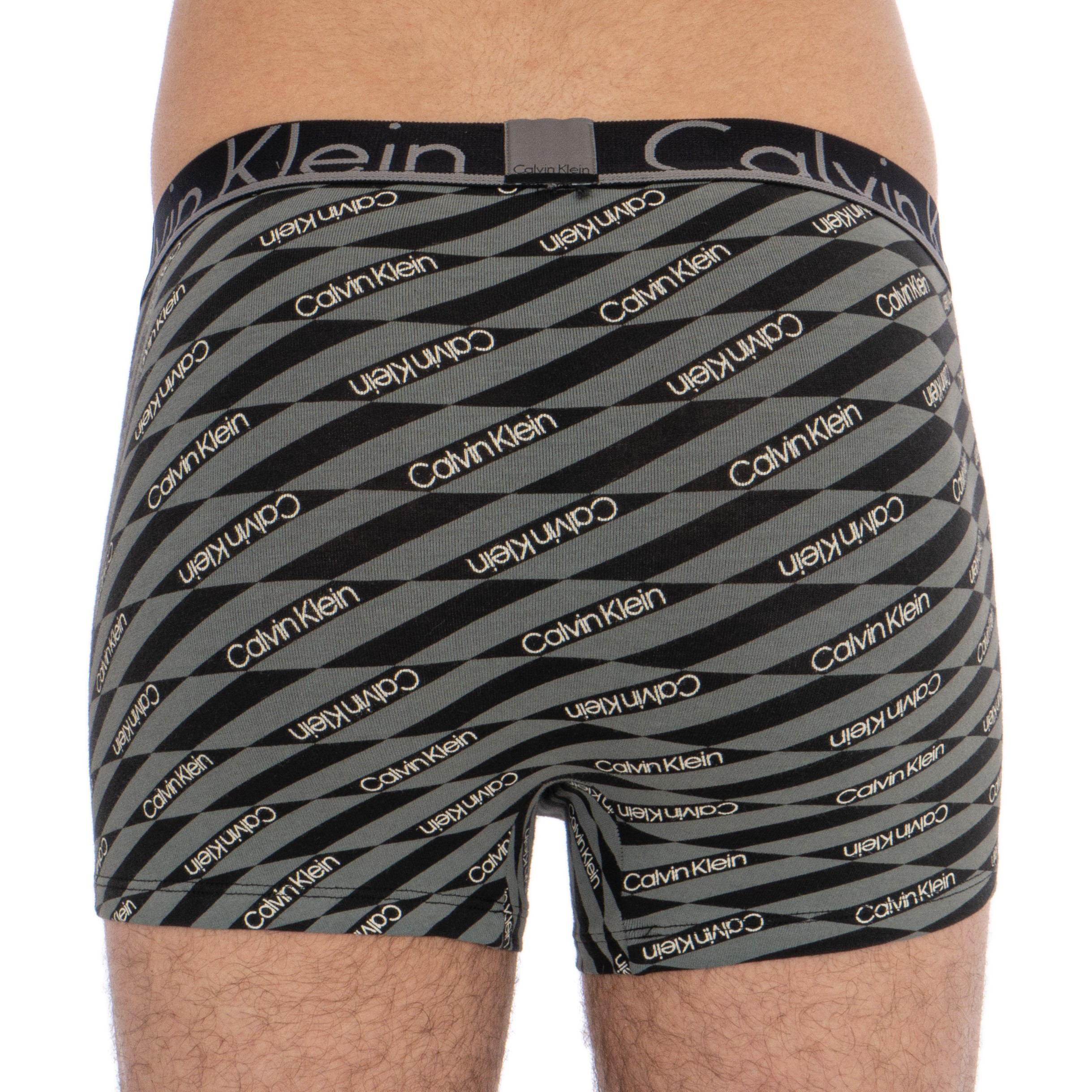 2-pack-trunks-calvin-klein-id-black-and-gray-3