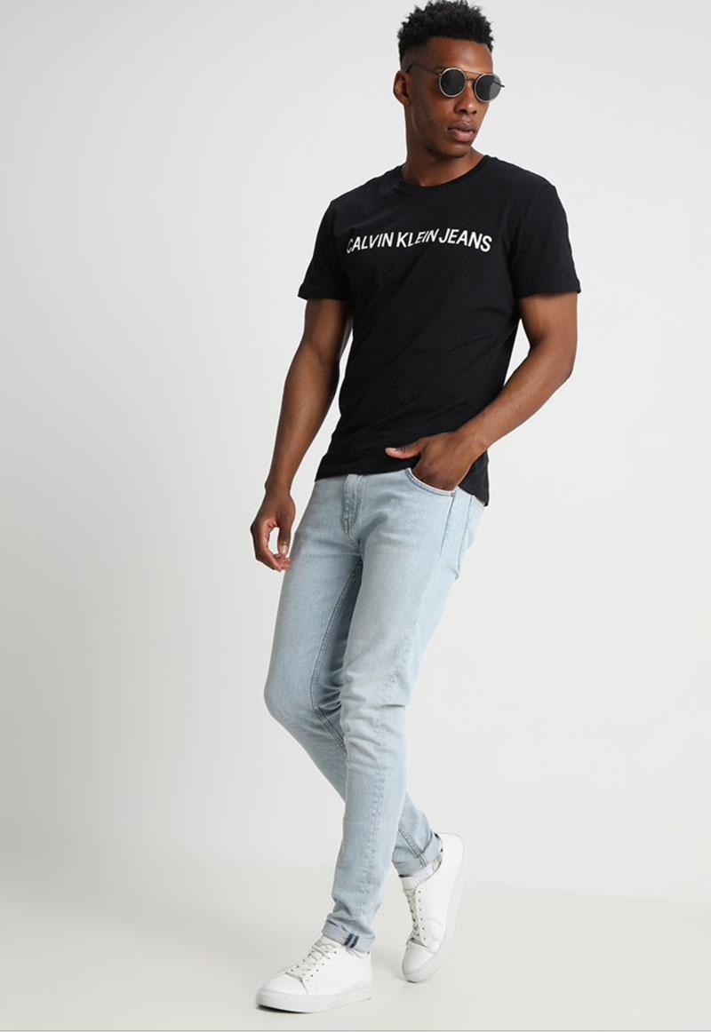 calvin-klein-jeans-core-institutional-logo-tee-triko-s-potiskem3