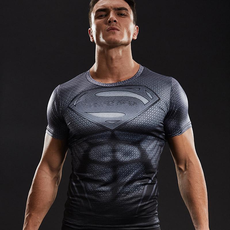 kompresni-triko-s-kratkym-rukavem-a-motivem-superman-titan-2